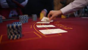 Bermain Poker Game Online untuk Mendapat Penghasilan